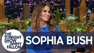 Sophia Bush Is Looking for Hot Guys Reading on the Subway