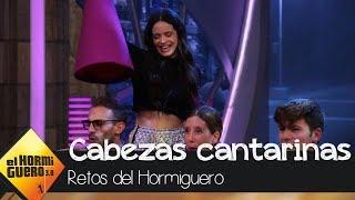 Rosalía y las cabezas cantarinas nos hacen disfrutar de 'Malamente' - El Hormiguero 3.0