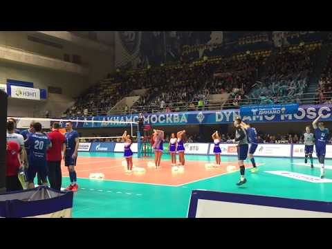 Группа поддержки Lucky Demons Cheerleaders на матче ВК Динамо