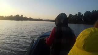 Рыбалка. Утопили лодку. Девочки на рыбалке