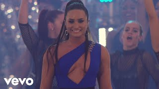Demi Lovato  Sorry Not Sorry  Live At The MTV VMAs / 2017