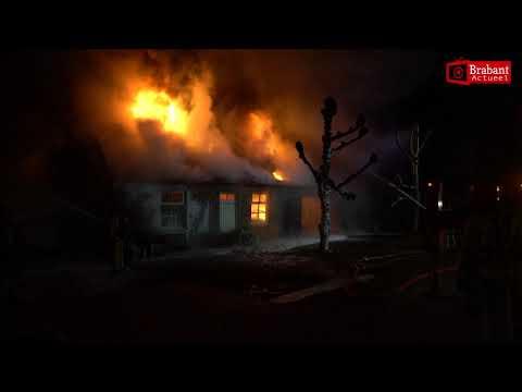 Vlammenzee verwoest Riethovense woonboerderij; Contra-expertise voor zekerheid