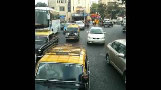 preview picture of video 'Streets of South Mumbai From The Back Of A Bus'