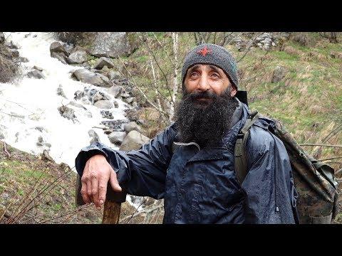 ბლოელი გოგია - მარტოობისა და თავისუფლების 22 წელი მთაში mp3 yukle - MAHNI.BIZ