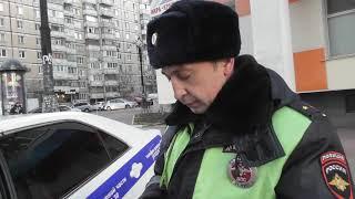 Инспектор ДПС Белгорода остановил авто и вменил непредставление дороги пешеходу, но доказать не смог
