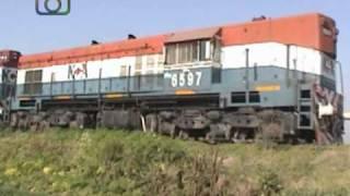 preview picture of video 'Tren granero de NCA en cercanías de Las Junturas'