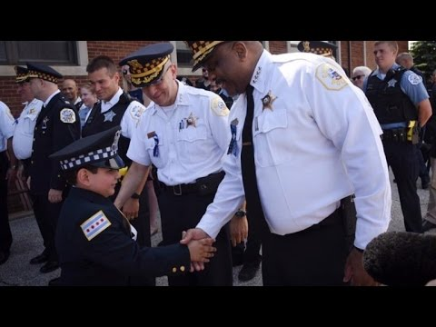 Police Officers Attend Kindergarten Graduation For Fallen Cop's 5-Year-Old Son