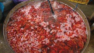 Chợ cá lớn nhất Thủ đô nhộn nhịp trước ngày ông Công, ông Táo