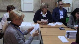 Législatives arméniennes: début du décompte des votes