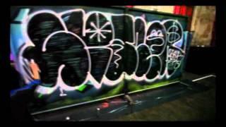 Смотреть онлайн Урок как поэтапно рисовать граффити для начинающих