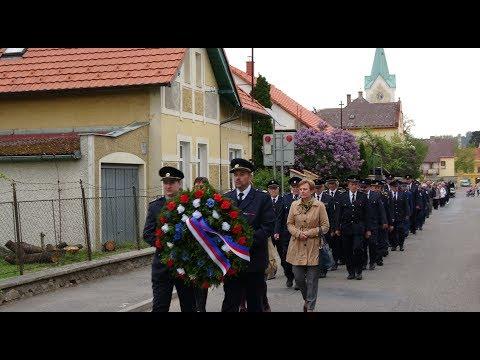 Pietní akt k uctění obětí válek  u pomníku padlých v Sedlci