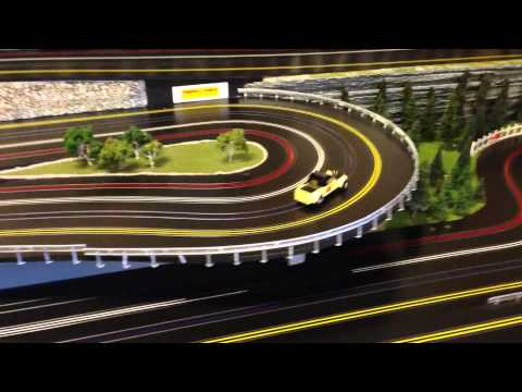 AURORA SUPER MODEL MOTORING TEST DRIVE ROUTED WOODEN SLOT CAR TRACK