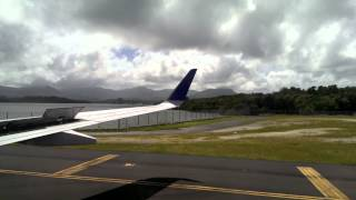 preview picture of video 'UA 155 LANDED IN POHNPEI(VIDEO0046)'