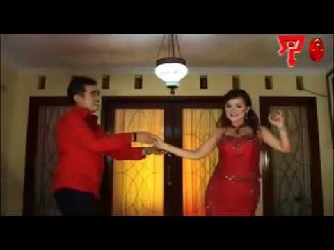 , title : 'Amriz Arifin & Erni AB - Madu [Official Music Video]'