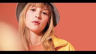 Angèle   Les Matins ( AUDIO )