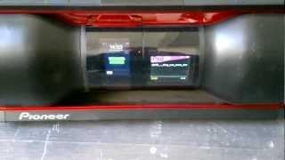 Pioneer STEEZ STZ-D10Z-r VS Altec Lansing iMT810