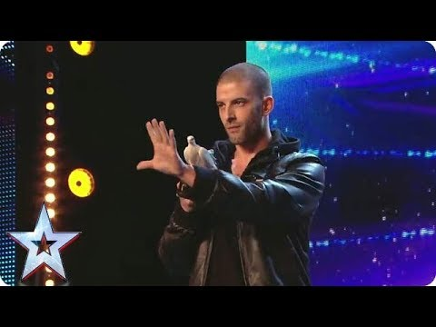 Darcy Oake's UNBELIEVABLE illusions | Britain's Got Talent  Unforgettable Auditions