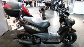 2013 Yamaha BW`s 50 Scooter - Walkaround - 2013 Quebec City Motorcycle Show