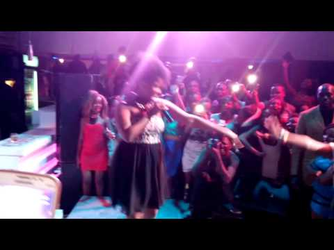 Amani dirty dance on live performance part 1