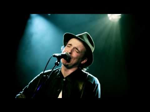 Fran Healy - Love Will Come Through (Live in Paris 04/03/2011)