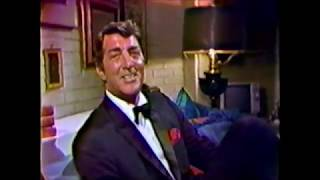 """Dean Martin - """"I'm Forever Blowing Bubbles"""" - LIVE"""