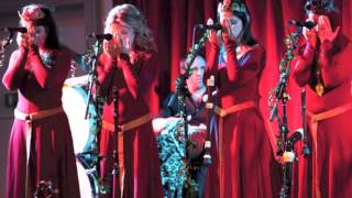 I Saw Three Ships by The Mediaeval Baebes