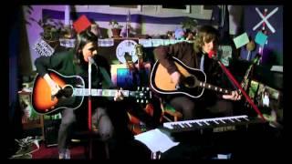 Video The Colleas - Norské dřevo (cover the Beatles v ČJ)