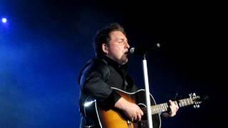 Johnny Reid - Tell Me Margaret (live) - St. John's, NL