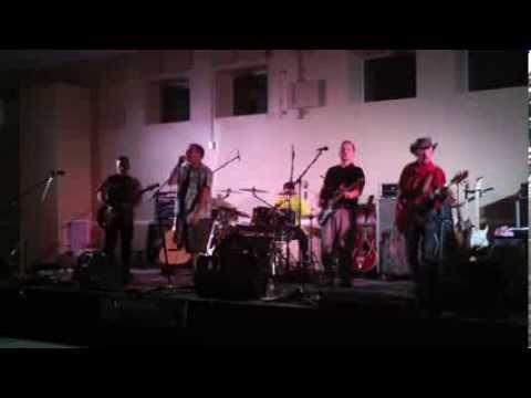 "Tim McGraw ""Truck Yeah"" - preformed by KiKn'"