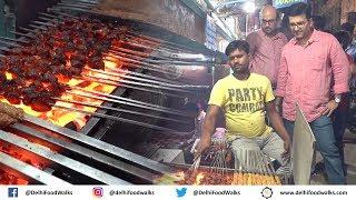Batla House/Zakir Nagar Food Walk | RAMZAN Special - Nahari + Butter Chicken Tikka + Daleem Biryani