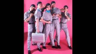 Devo - Post Post-Modern Man