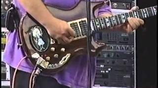 """Grateful Dead Perform """"Mississippi Half Step"""" 6/25/93"""