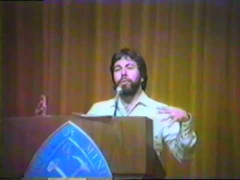 Oglądaj: 1984 Steve Wozniak Full Speech Part3 of 4