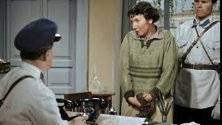 """Художественный фильм """"Подкидыш"""" 1939г. Сцена в милиции. Героиня Рины Зеленой Ариша с фразой о собаке"""