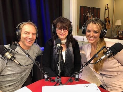 Helena Steele on set with Alexandrew and Dr. Shasta