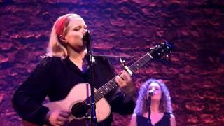 Ane Brun - Rubber & Soul (06) - live@Café de la Danse, 28 sept. 2010