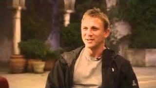 Daniel Craig  vs Jonathan Ross