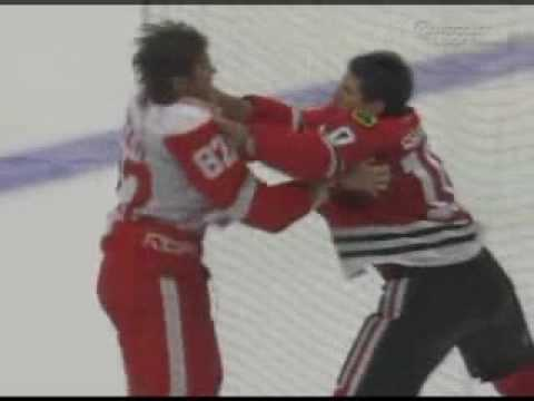Patrick Sharp vs. Tomas Kopecky