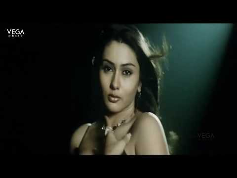 Namitha Romantic Song Pichekesthu Undhe || High School 2 Romantic Movie