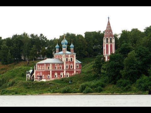 Церковь на озере байкал