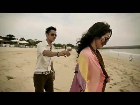 ESTA BAND - PERGILAH CINTA ( OFFICIAL MUSIC VIDEO )