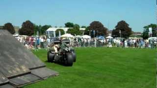 preview picture of video 'Colossus - Jet powered trike at Enfield Pageant 2012'