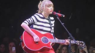 Taylor Swift: The RED Tour DVD - Cold As You Live In St Louis