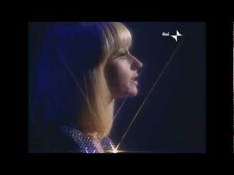 Raffaella Carrá - Io non vivo senza te - Millemilioni (1980) HD