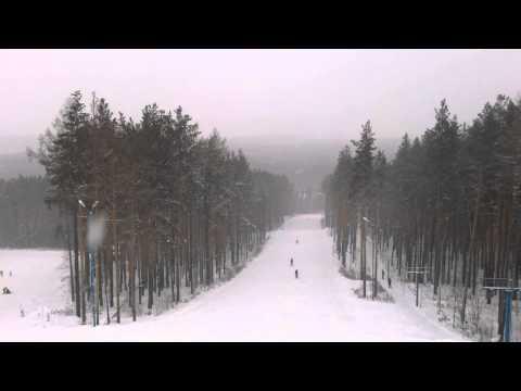 Видео: Видео горнолыжного курорта Лиственная, гора в Свердловская область