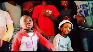 Sdumo Viwe ft Dj Kitso Isgebengu_Umuntu Wam(Original Mix) . https://www.sendspace.com/file/w7rjj3 .