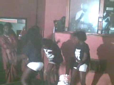 Hot girls dancing