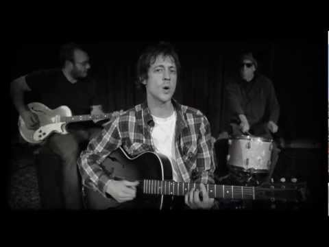 "PETE DONNELLY - ""Can't Talk At All"" OFFICIAL MUSIC VIDEO"
