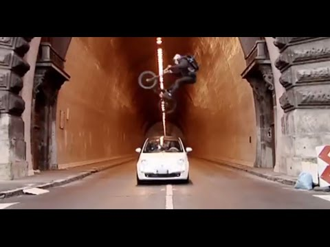 Fiat 500 Vs BMX Bandits | Top Gear | Series 10 | BBC