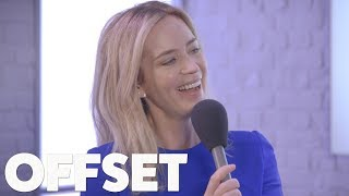 Emily Blunt doesn't understand why her and John Krasinski are relationship goals - Video Youtube